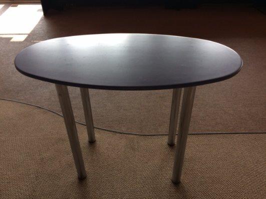 table-de-rencotre-ovale